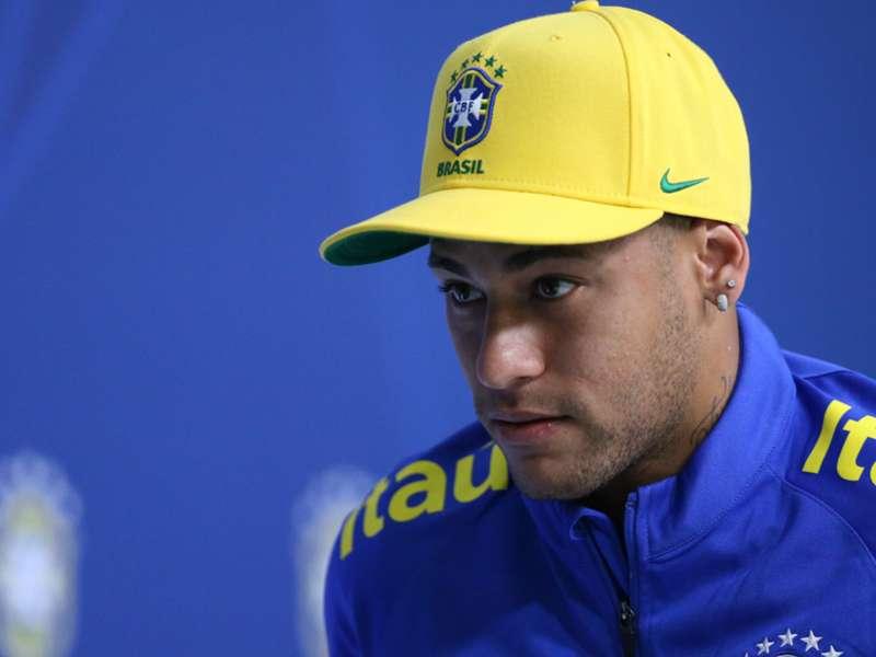 2c5d7efc8785e Número no boné da Seleção do Neymar é difícil até para a CBF explicar – O  Meio Artístico